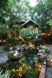 จัดสวนเมืองร้อน เน้นความร่มรื่นเป็นธรรมชาติ สไตล์บาหลี