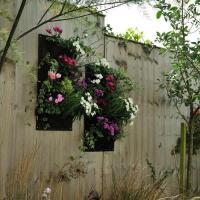 จัดสวนไอเดีย แนวตั้งแบบง่ายๆ ช่วยให้บ้านสวยได้ทุกๆพื้นที่