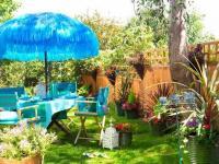 จัดสวนตกแต่งสวนและสนามหลังบ้าน บรรยากาศผ่อนคลาย