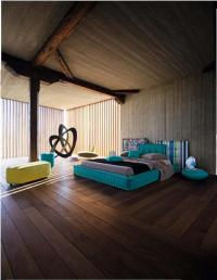 ตกแต่งห้องนอนสีน้ำทะเลผสานวัสดุไม้ ฝีมือดีไซเนอร์ roche bobois